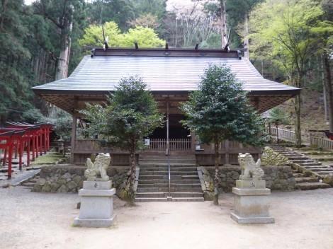 青玉神社 [兵庫県多可郡多可町] 拝殿