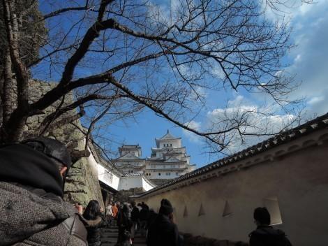 姫路城 「はの門」に向かう石段