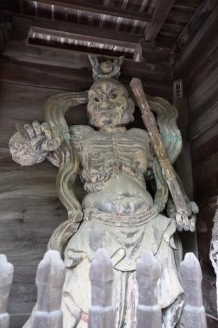 栢谷山「西林寺」 仁王像